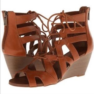 Jessica Simpson Lace-up Wedge *IN BLACK*